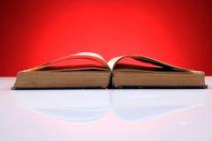 книга старая раскрывает стоковое фото rf