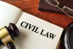 Книга с гражданским правом названия стоковая фотография rf