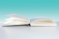 книга с предпосылкой Стоковое фото RF