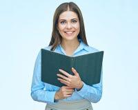 Книга чтения бизнес-леди женщина портрета сь Стоковая Фотография