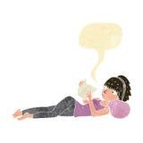 книга чтения женщины шаржа милая с пузырем речи Стоковое Фото