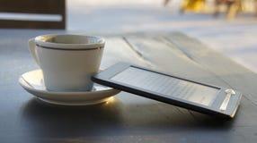 Книга & coffe Стоковая Фотография RF