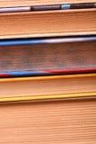 книги закрывают старое поднимающее вверх Стоковые Фотографии RF