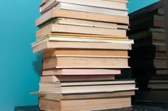 Книги на компьтер-книжке, Стоковая Фотография