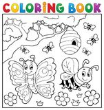 Книжка-раскраска с бабочкой и пчелой иллюстрация штока
