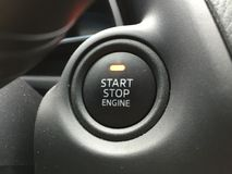 Кнопка двигателя стопа старта стоковая фотография rf