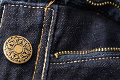 Кнопка заклепки джинсов Фасонируйте джинсыы Стоковое Фото