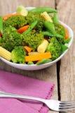 кнопка салата гороха мозоли моркови брокколи младенца стоковое фото rf