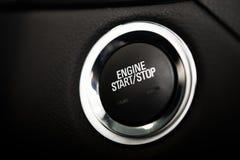 Кнопка старта двигателя автомобиля Стоковые Изображения RF