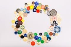 Кнопки других цветов в форме круга на белом b Стоковые Изображения RF