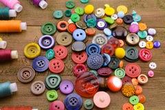 Кнопки и резьбы стоковые изображения