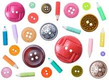 кнопки красят различный изолированный комплект пластмассы Стоковое фото RF