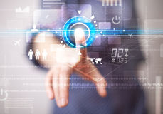 Кнопки технологии сети молодой бизнес-леди касающие будущие и Стоковое Фото