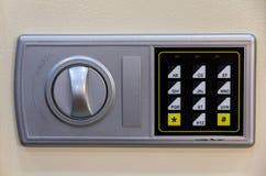 Кнопочная панель шкафчика безопасности численная Стоковое фото RF