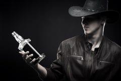 Ковбой с бутылкой вискиа Стоковые Фото