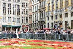 Ковер цветка на грандиозном месте в Брюсселе Стоковая Фотография