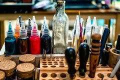 Кожаная таблица craftman стоковые фотографии rf
