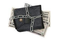 Кожаный бумажник с цепным шкафчиком и долларовая банкнота изолированная на белой предпосылке Стоковое Изображение