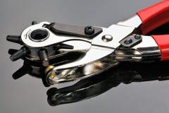 кожаный инструмент пунша Стоковые Фотографии RF