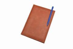 Кожаный дневник с ручкой шарика Стоковое Изображение RF