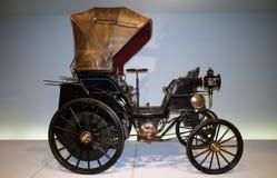 кожа автомобиля кресла старая Стоковые Изображения
