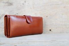 Кожа бумажника женщины Стоковое Изображение
