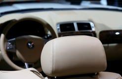 кожа интерьера автомобиля стоковое изображение