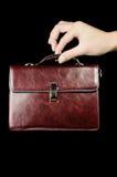 кожа руки портфеля женская Стоковая Фотография