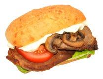 козочка сыра хлеба говядины багета вкусная зажгла toasted стейк шпината сандвича крена лука s Стоковое Изображение