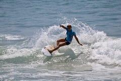 Кокосы Ho занимаясь серфингом в США раскрывают серфинга 2018 стоковое фото