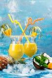 Коктеиль и ингридиенты colada Pina Стоковые Изображения
