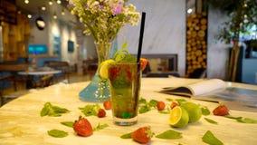 Коктеиль фруктового сока Стоковые Фотографии RF