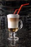 Коктеил питья чашки кофе Стоковые Изображения