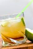 коктеил caipirinha Бразилии сделал соотечественник Стоковое Изображение