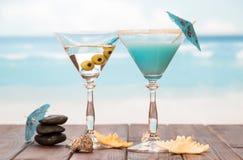 2 коктеила с зонтиками Стоковые Изображения