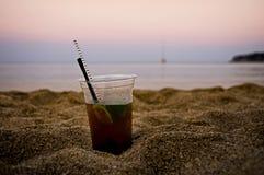 Коктеил на пляже Стоковое Фото
