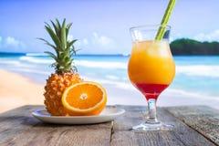 Коктеиль ананаса и апельсина Стоковые Изображения RF