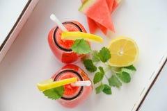 Коктеиль арбуза с мятой и лимоном Стоковое Фото
