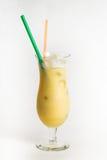Коктеиль спирта на белой предпосылке Стоковое Изображение
