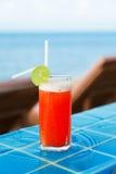 Коктеиль Mai тайский на бассейне Стоковое Изображение RF