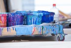 колеривщик красит студию s Стоковое Фото