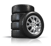 колеса автомобиля установленные Стоковые Изображения RF