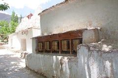 Колеса молитве на монастыре Alchi, Ladakh, Индии стоковое фото rf