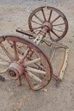 колеса экипажа старые западные одичалые Стоковые Изображения