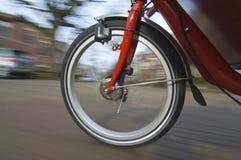 колесо велосипеда закручивая стоковые фото