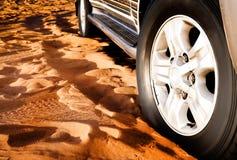 колесо песка автомобиля Стоковые Фотографии RF