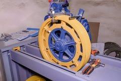 Колесо шкива Реконструкция подъема индустрии Стоковая Фотография RF