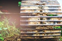 Колесо Backhoe крупного плана стоковые фотографии rf