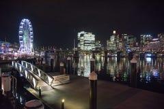 Колесо Ferris и залив куколя Стоковые Фото