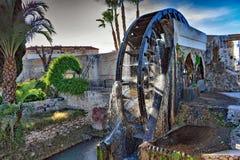 Колесо Ferris которое имеет размеры 11 метра в диаметре стоковые изображения rf